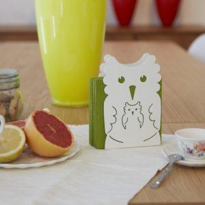 Tavolo per colazione con portatovaglioli a forma di gufo e porta bustine da the | Mipiacemolto