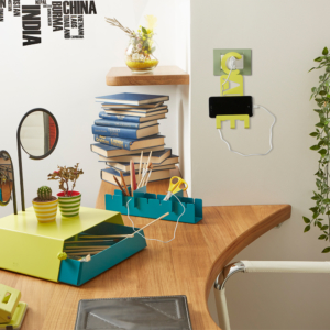 Come personalizzare una scrivania con un contenitore per la cancelleria originale | Mipiacemolto