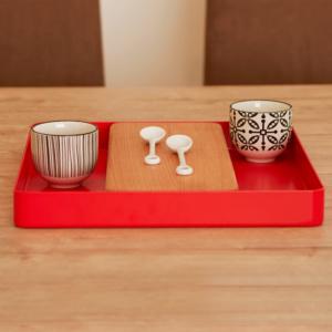Tavolo da cucina con vassoio design moderno CENTRAL PARK con tazze decorate