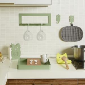 Cucina arredata con complementi di design