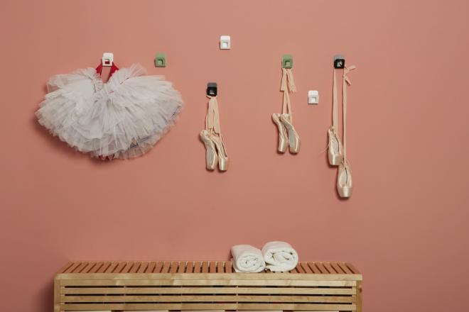 Ganci appendiabiti colorati per palestra di danza | Mipiacemolto